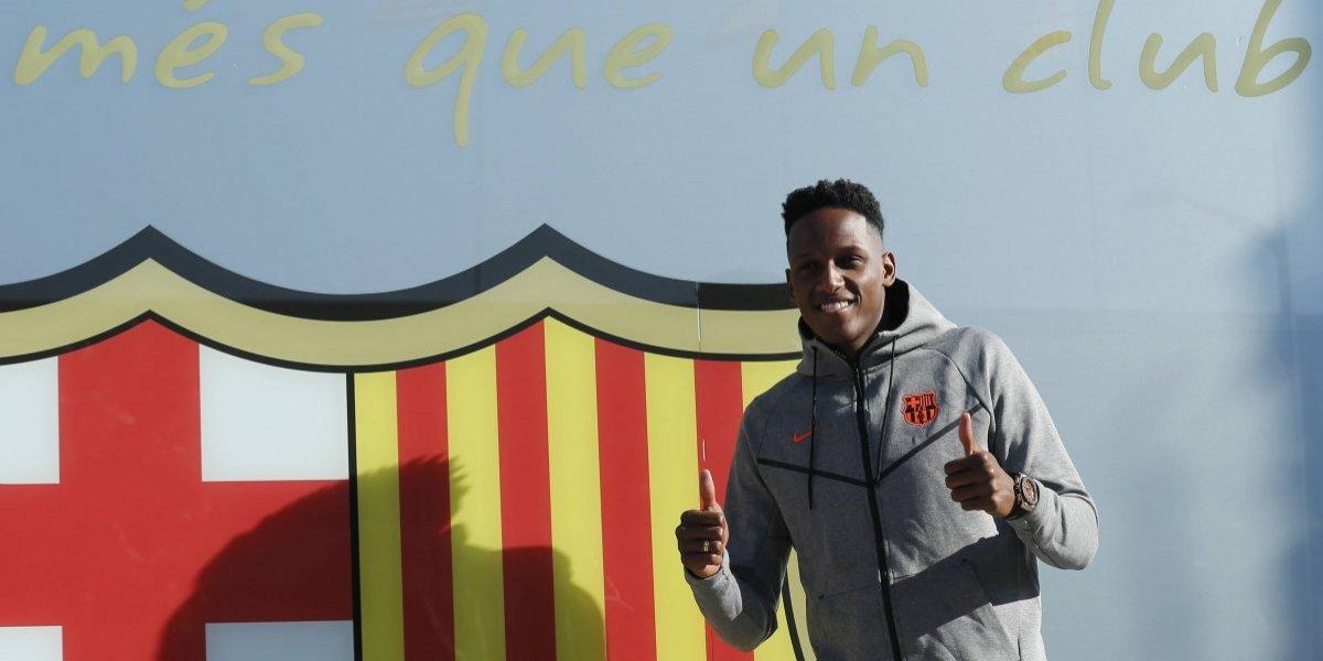 VIDEO. Yerry Mina pasa los exámenes con el Barça previo a su presentación