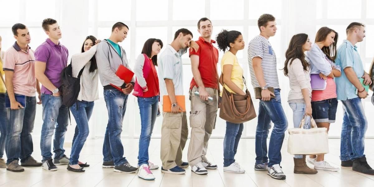 Ciência explica por que tendemos a querer mudar para a fila do lado
