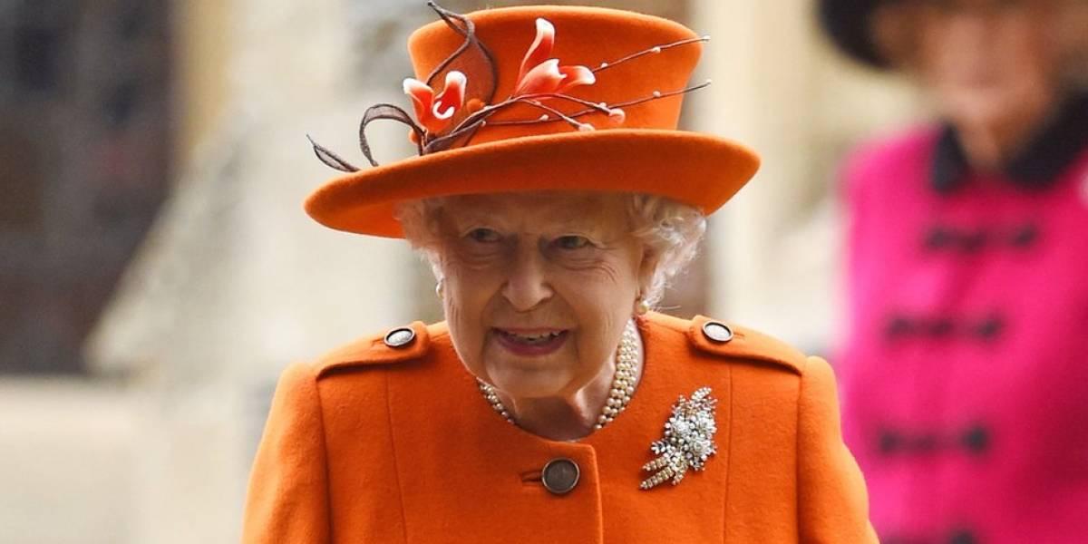 Fabricante de sutiãs da rainha Elizabeth 2ª perde chancela real