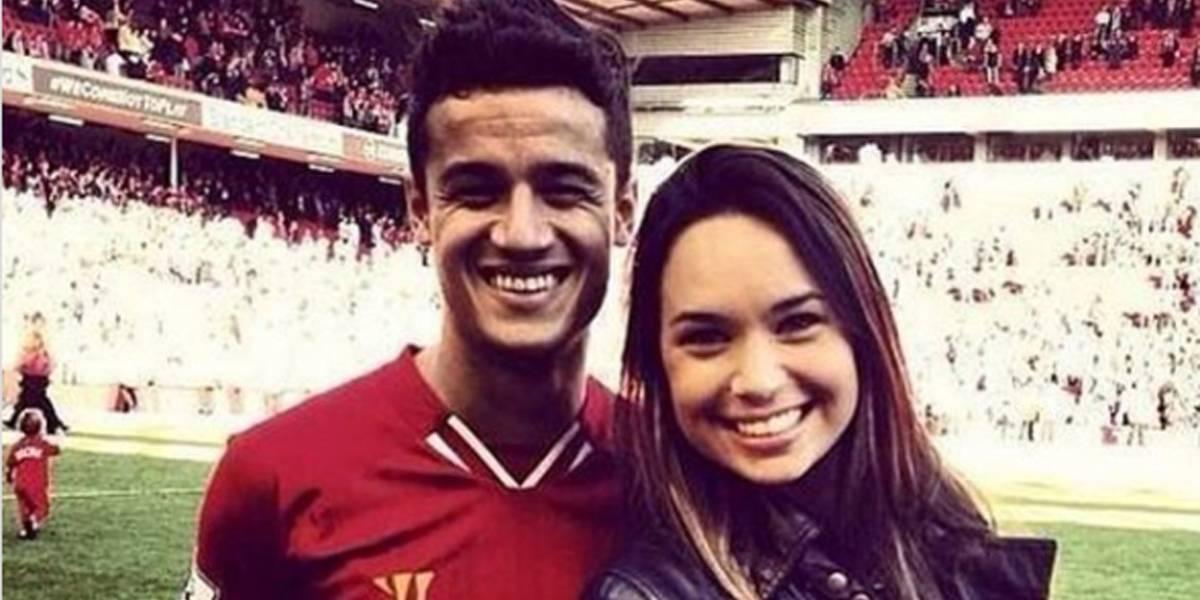 Esposa de Coutinho escreve mensagem emocionante para torcedores do Liverpool
