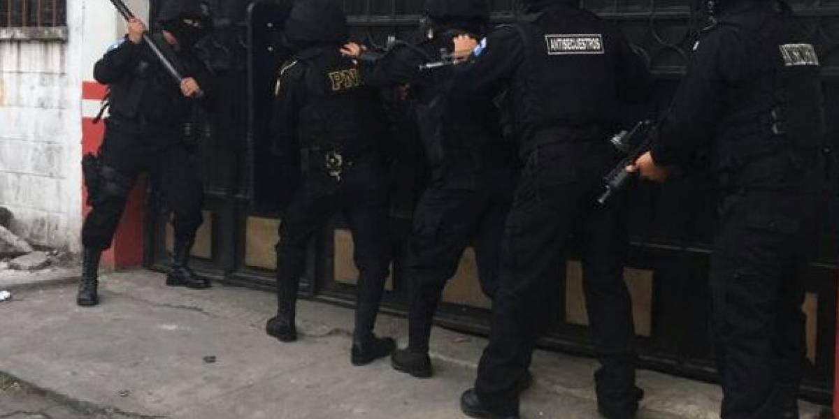 """Capturan a presuntos integrantes de estructura criminal vinculada con alias """"Rigorrico"""""""