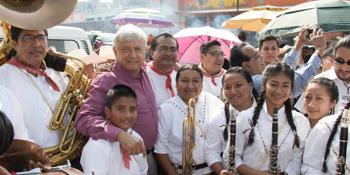 Así suena la canción de la Banda MS en favor de López Obrador