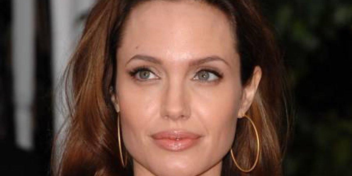 Angelina Jolie vuelve alarmar por extrema delgadez
