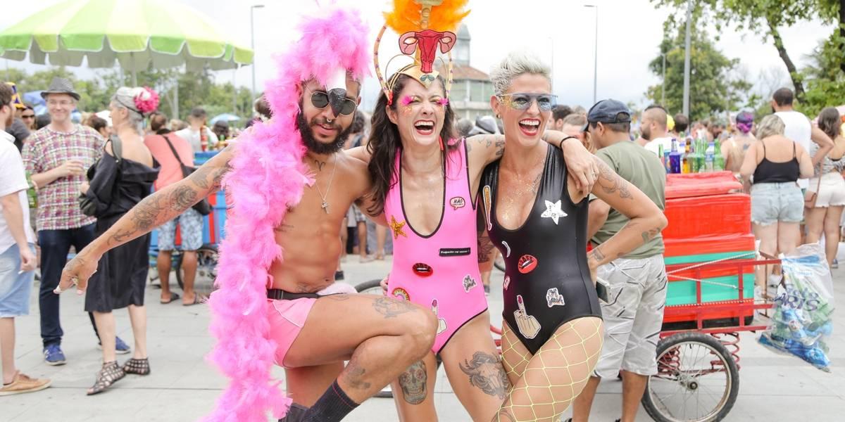 Qual fantasia vai bombar no Carnaval 2018? Vote na sua favorita