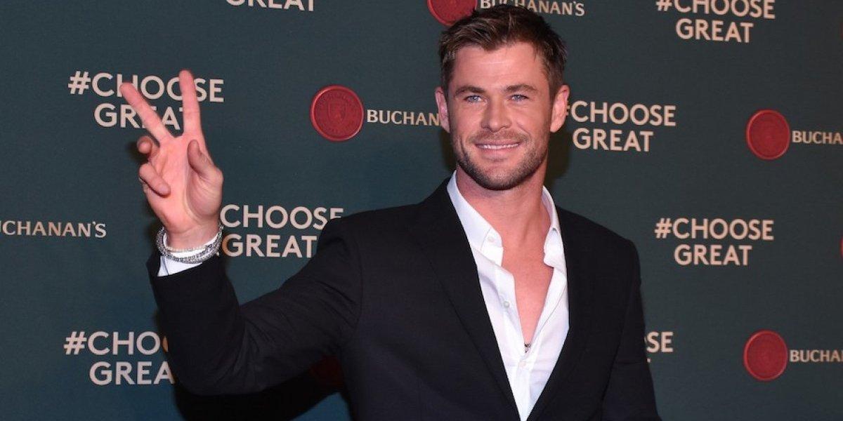 El extraño lugar en el que Chris Hemsworth guarda el martillo de Thor