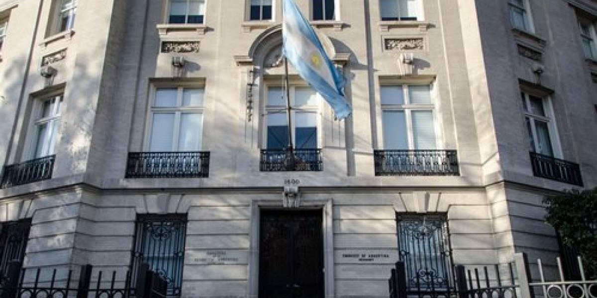 Argentina complicada por las deudas está vendiendo sus embajadas