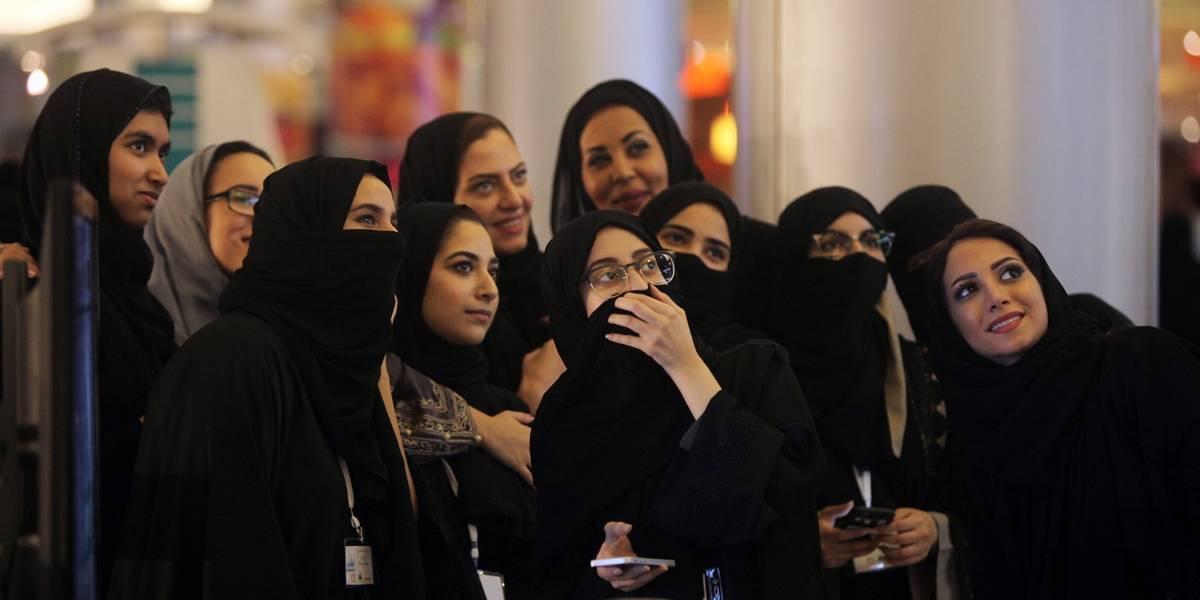 Mulheres sauditas já podem frequentar estádios