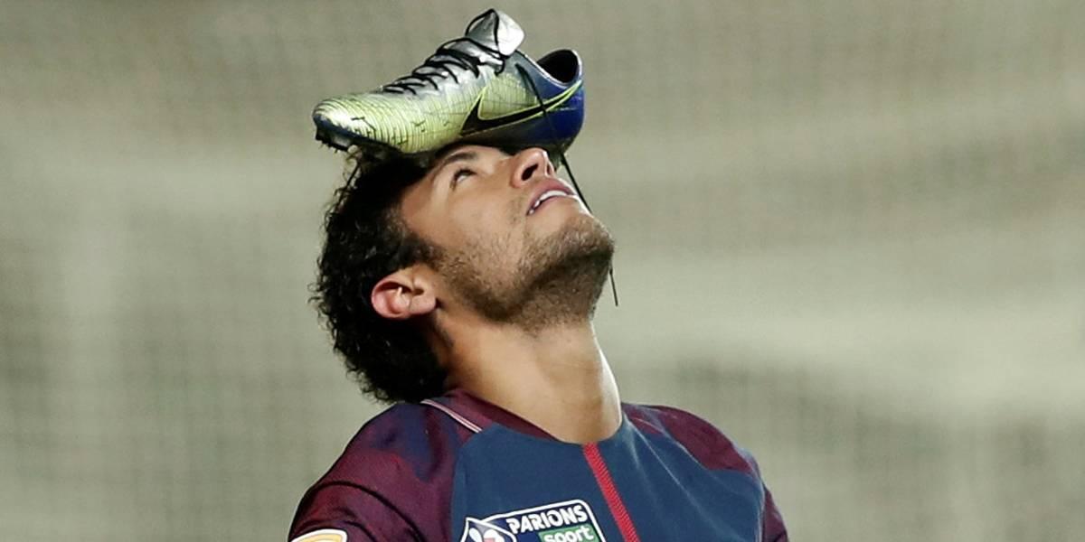 Neymar está preso em uma gaiola de ouro, diz empresário