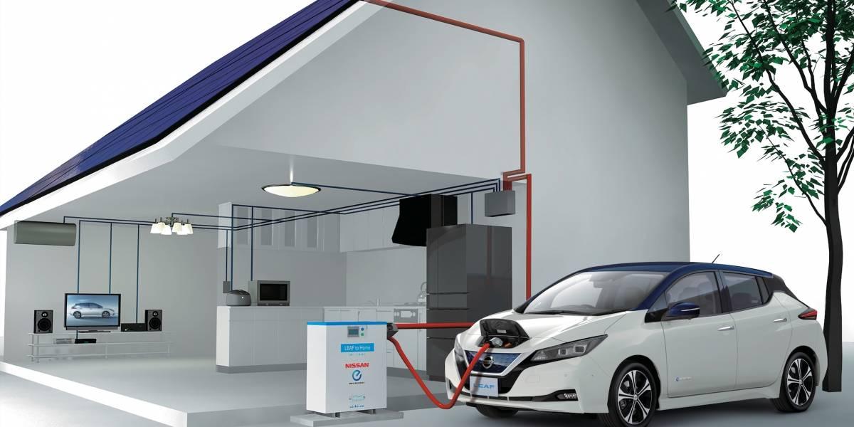 En Japón, el Nissan Leaf llega hasta con paneles solares para cargarlo en casa