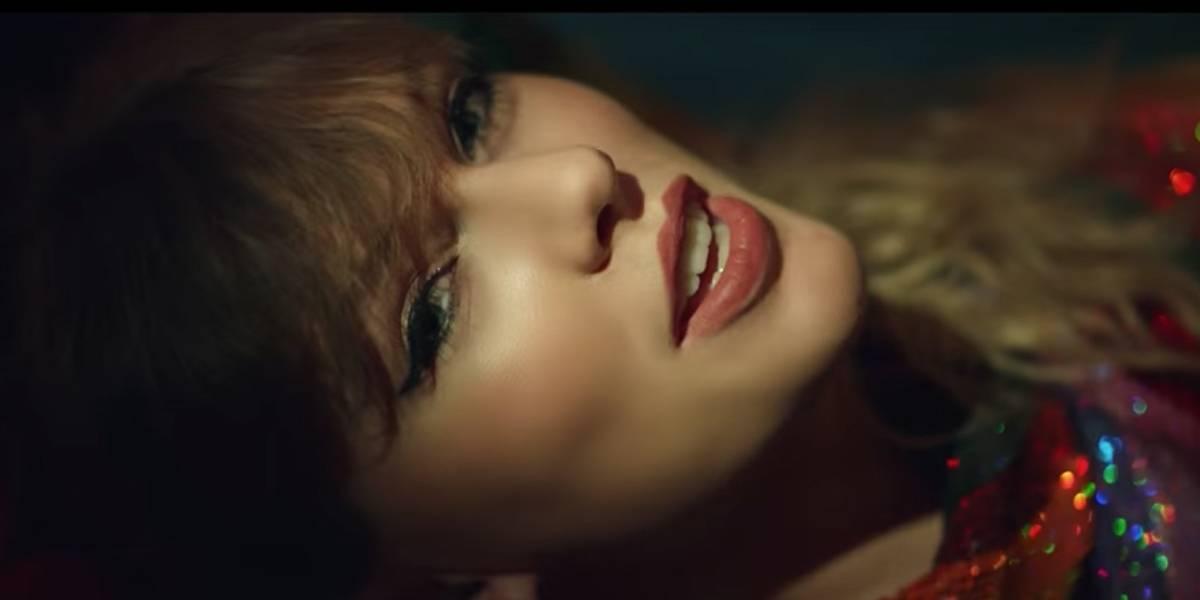 Taylor Swift leva 2 mil crianças adotadas para assistir a show