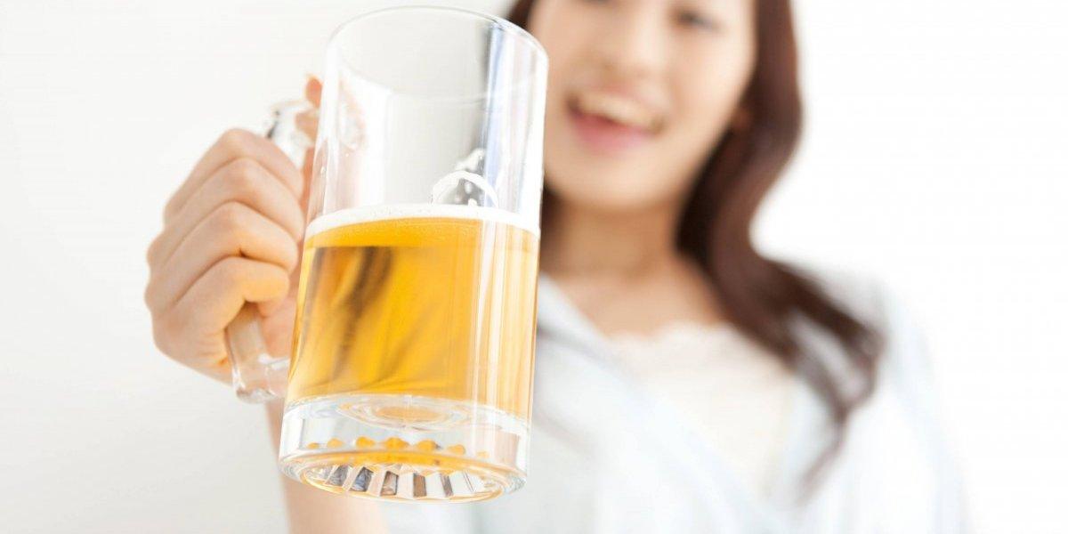 Este país permite que mujeres compren y vendan alcohol