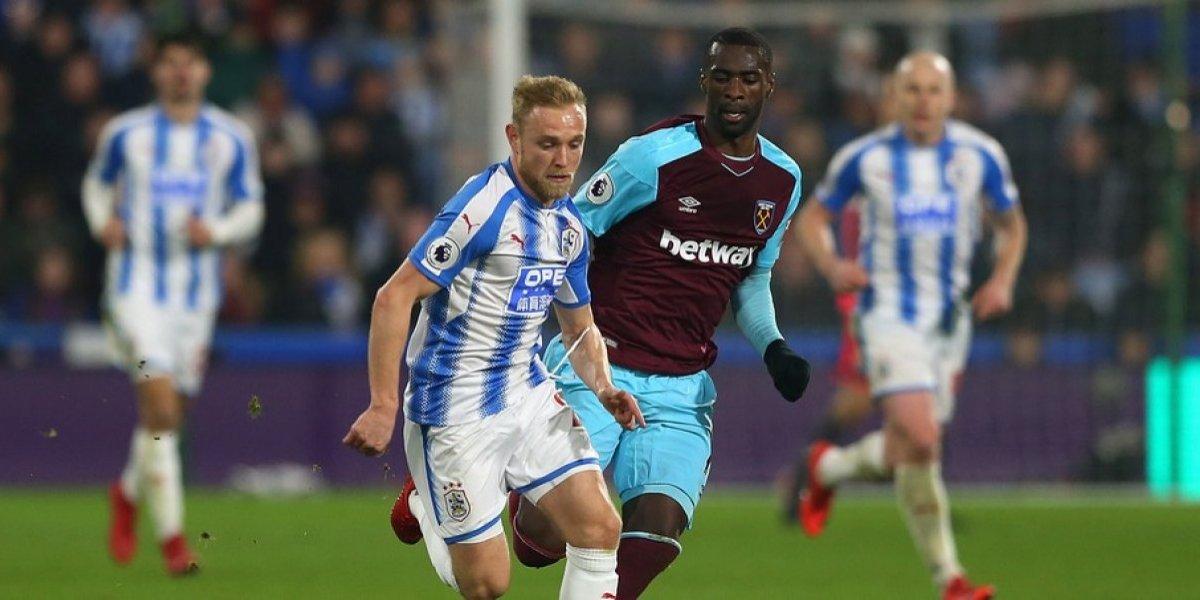 Sin 'Chicharito' Hernández, el West Ham golea a Huddersfield