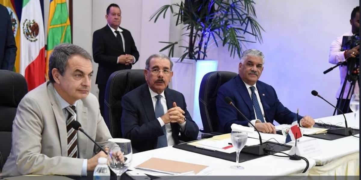 Diálogo entre el gobierno y la oposición venezolana continúa hoy