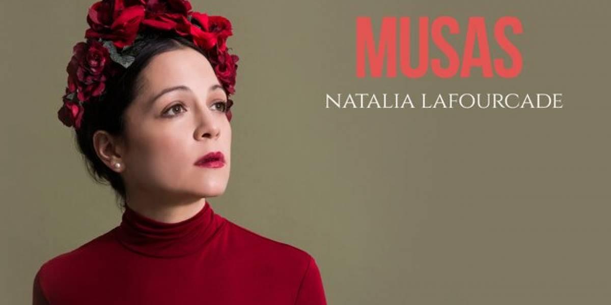 """Natalia Lafourcade reaparece con """"Danza de gardenias"""""""