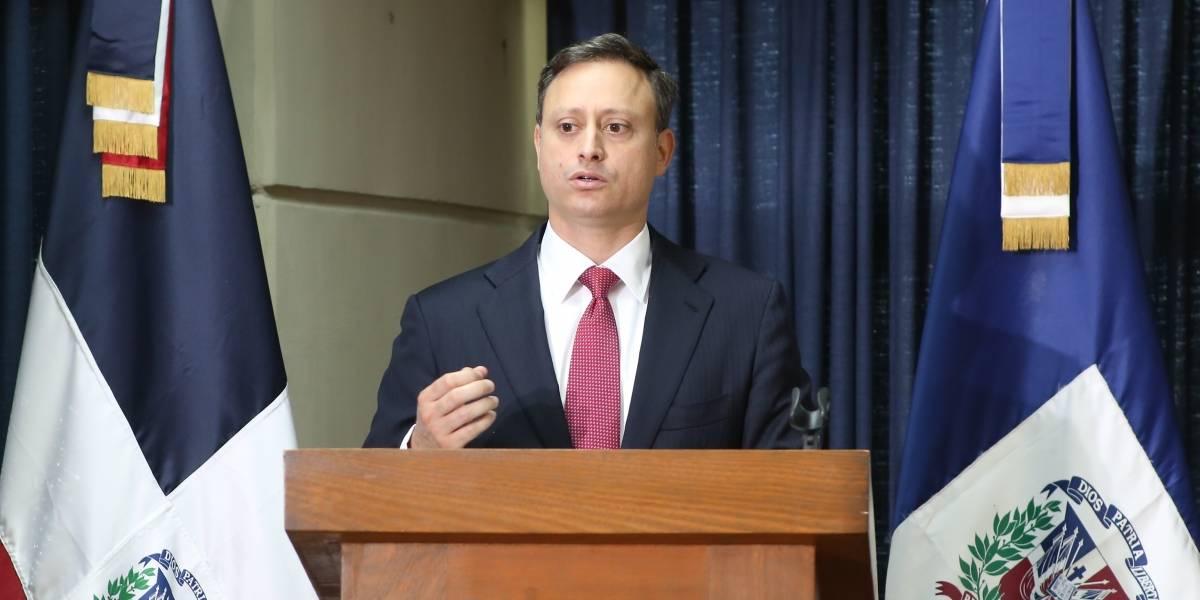 Procurador instruye en Santiago proteger niños y adolescentes