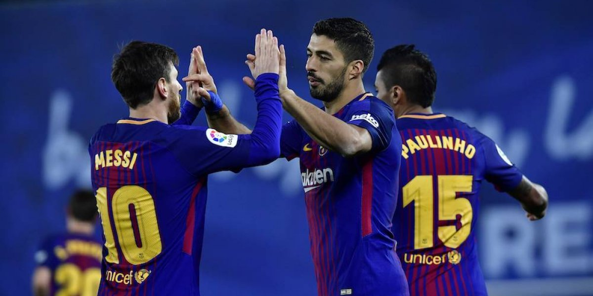 Barcelona remonta y mantiene su ventaja como líder