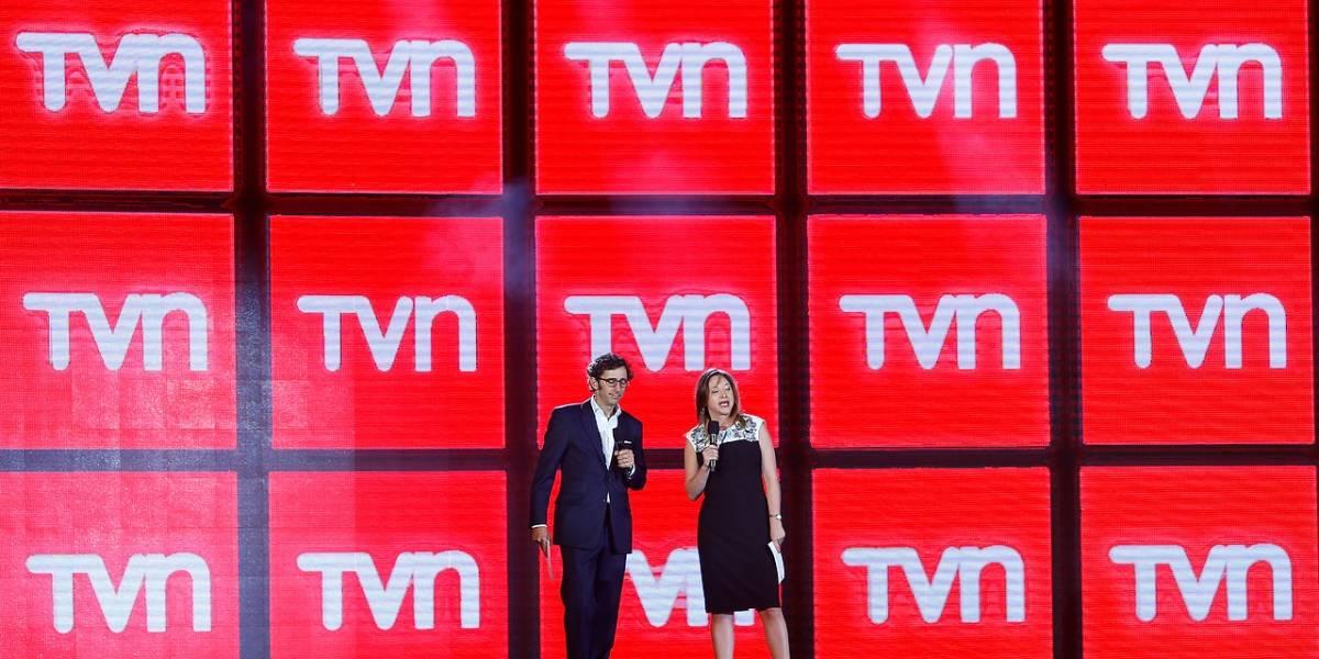 Renuncian tres directores de TVN con duras críticas hacia Solari