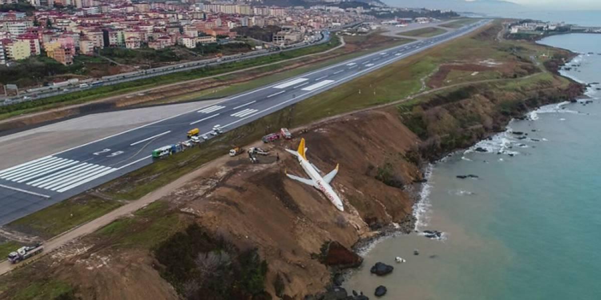 VIDEO. Un avión turco con 162 pasajeros cae en acantilado sin dejar lesionados