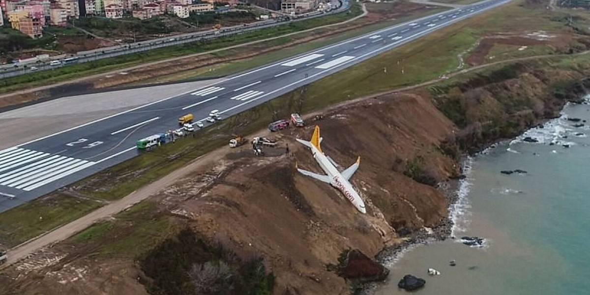 """""""Hubo pánico, la gente gritando"""": el aterrador vuelo que terminó con un avión a un paso de caer al Mar Negro"""