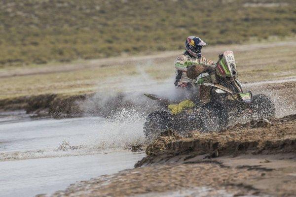 Ignacio Casale sigue firme en el primer lugar en los quads / Foto: AP