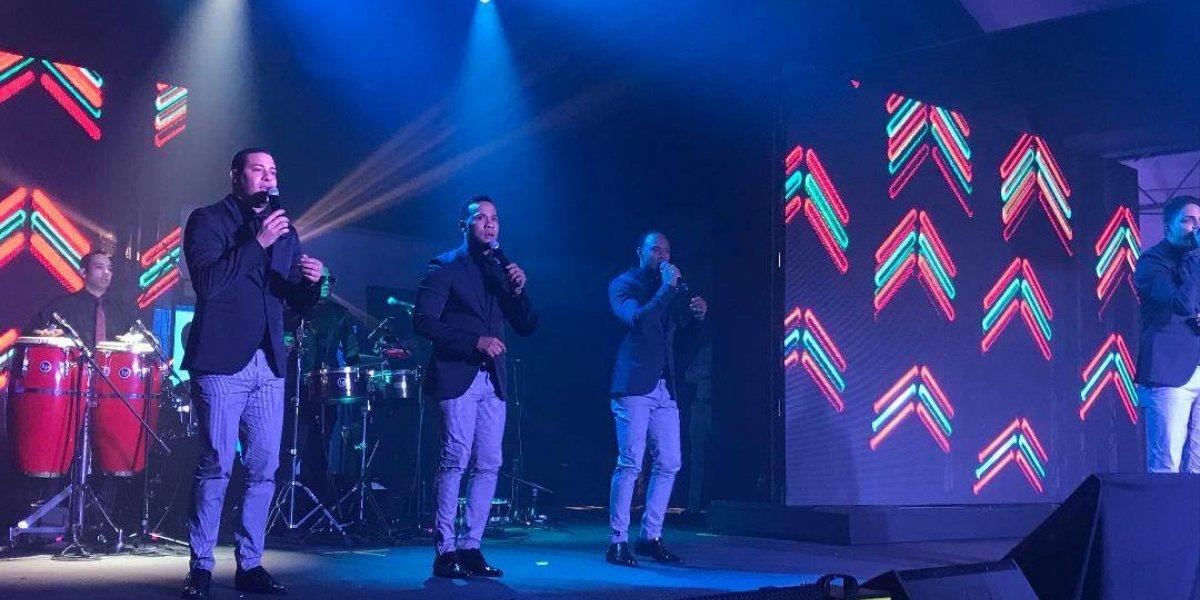 Con la música de Chiquito Team Band, Fernando Villalona y Mark B. Cervecería celebra el 2018