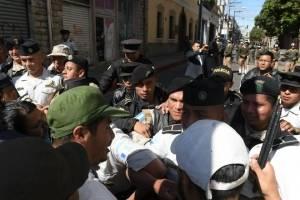 manifestantesoctavaavenida18-87e8d90ee9c00ac37ce464bff9256245.jpg