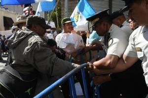 manifestantesoctavaavenida5-3da79f8e0c59c2874511b7a5869040d5.jpg
