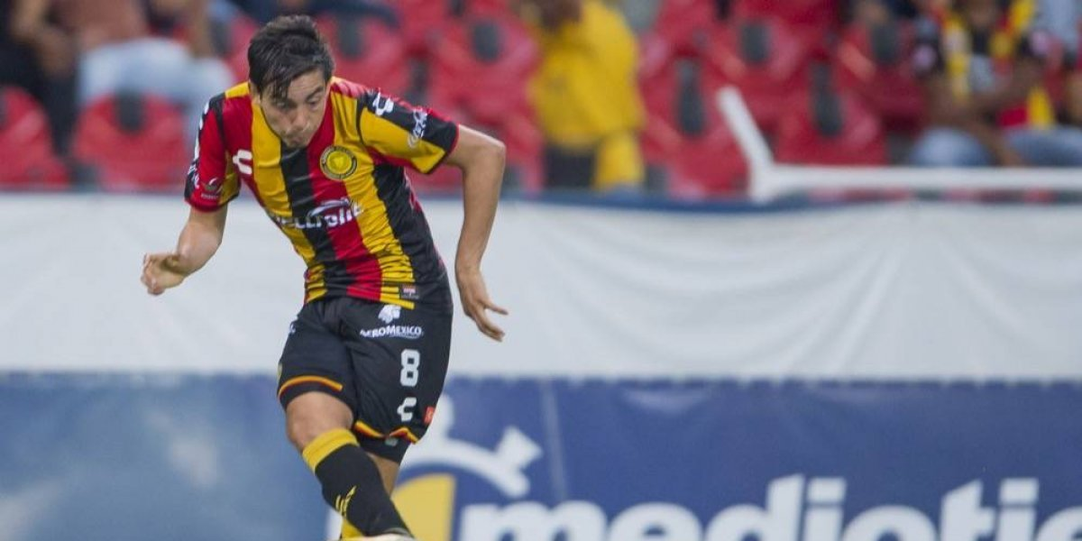 Triste debut de los Leones Negros en el Estadio Jalisco