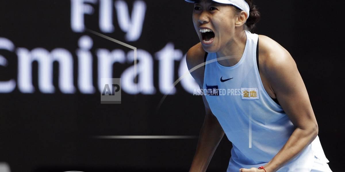 Nadal y Wozniacki pasan de ronda en el Abierto de Australia