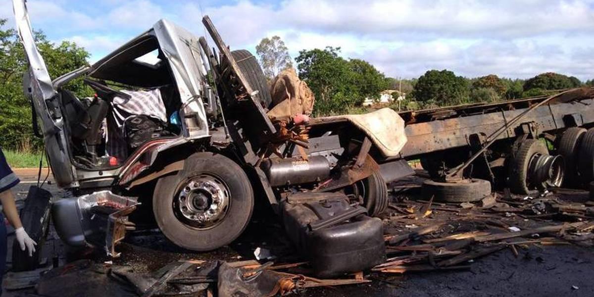 Motorista suspeito de causar acidente com 13 vítimas em Minas Gerais diz não ter culpa