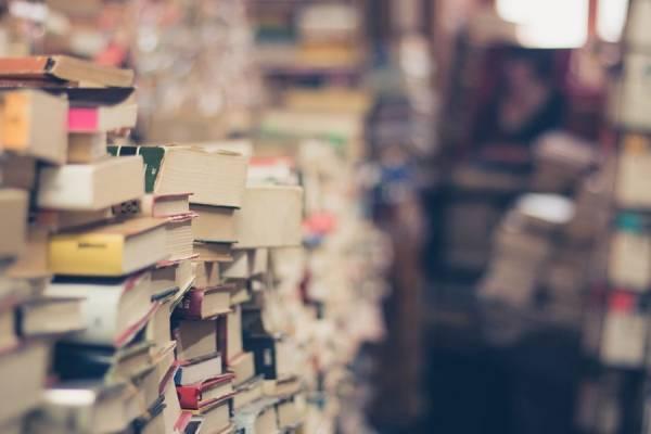 livros livraria sebo