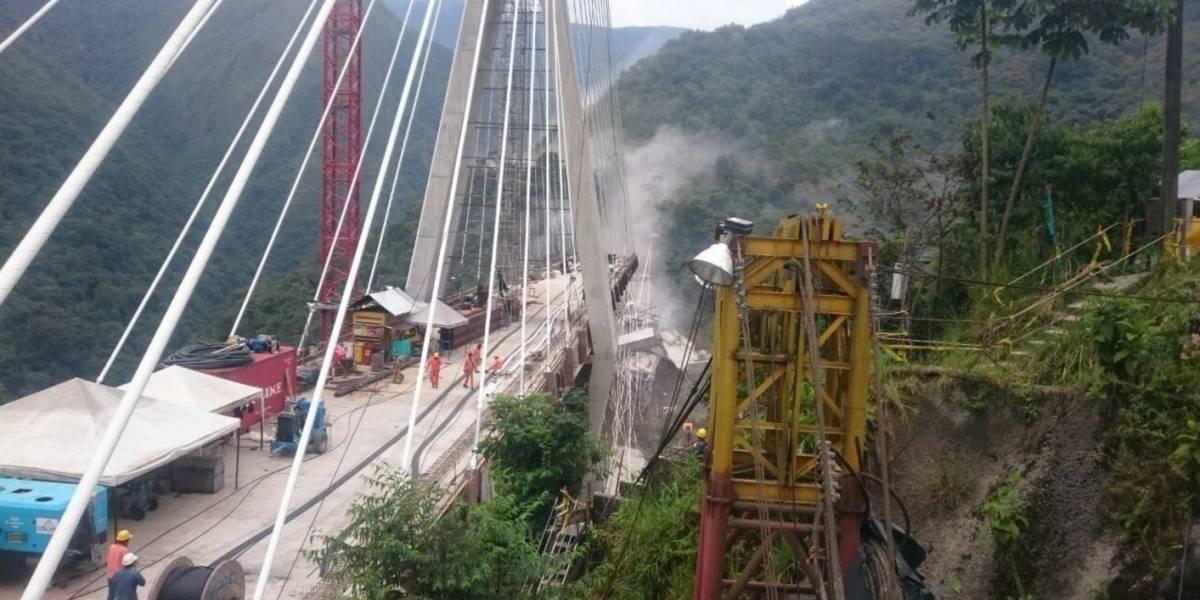 ¡Atención! Puente se desplomó en vía Bogotá- Villavicencio