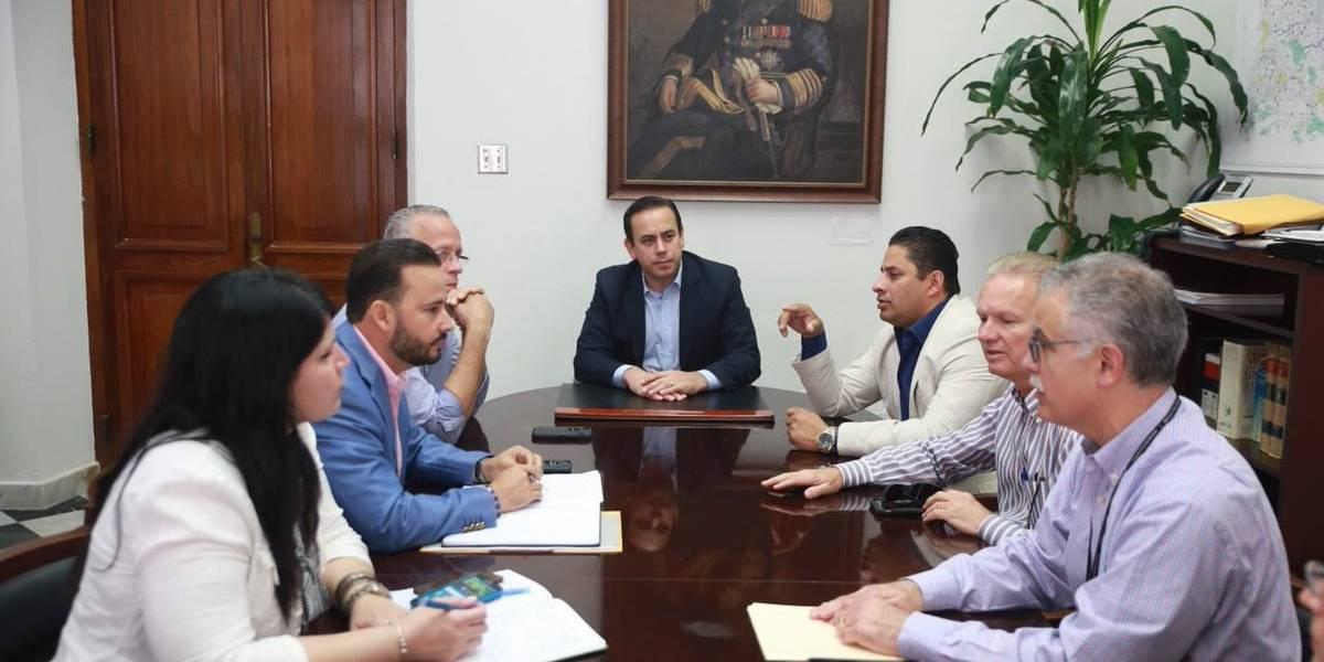 Posible acuerdo entre la AEE y los alcaldes