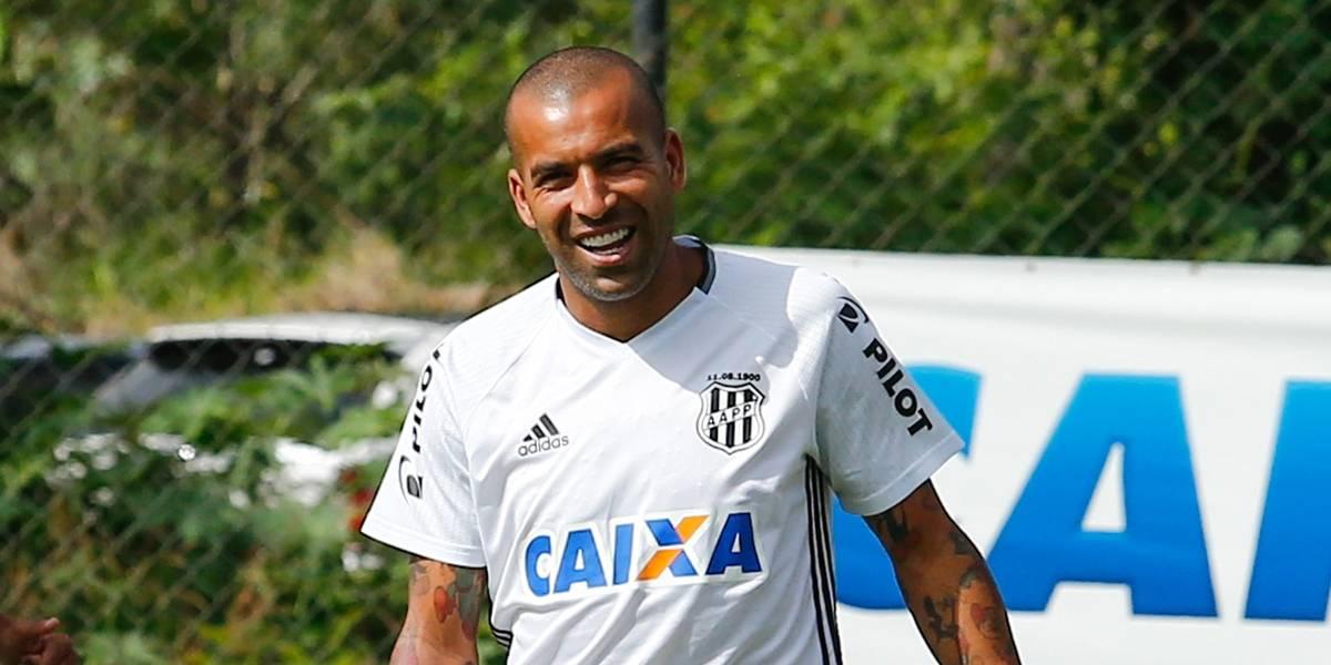 Emerson Sheik está de volta ao Corinthians