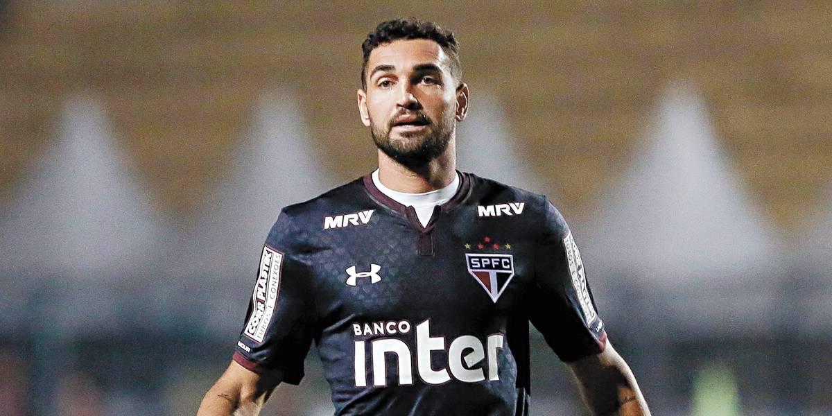Gilberto, ex-São Paulo, está próximo do Corinthians