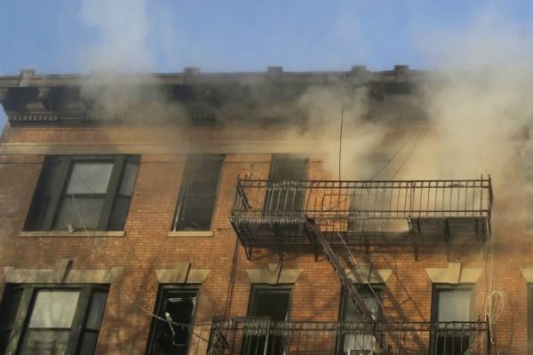 incendio edificio en llamas