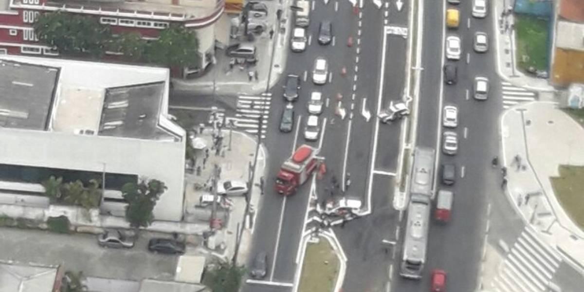 Criminosos amarram explosivos em corpo de refém durante assalto na João Dias