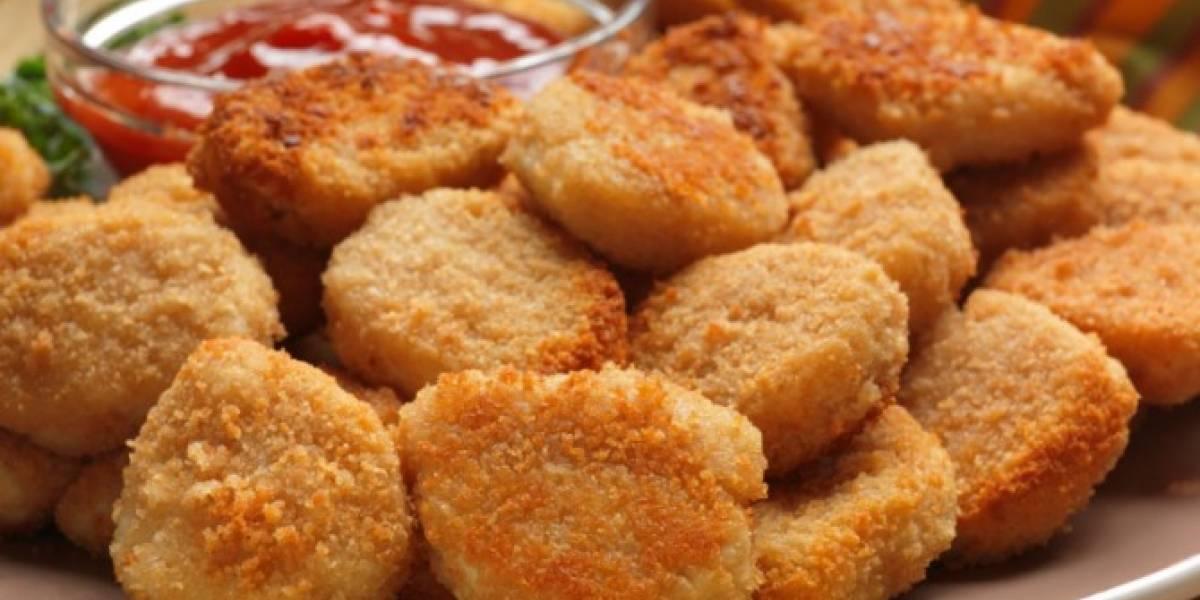 """El trabajo más delicioso del mundo: empresa busca a """"catador"""" de nuggets de pollo"""
