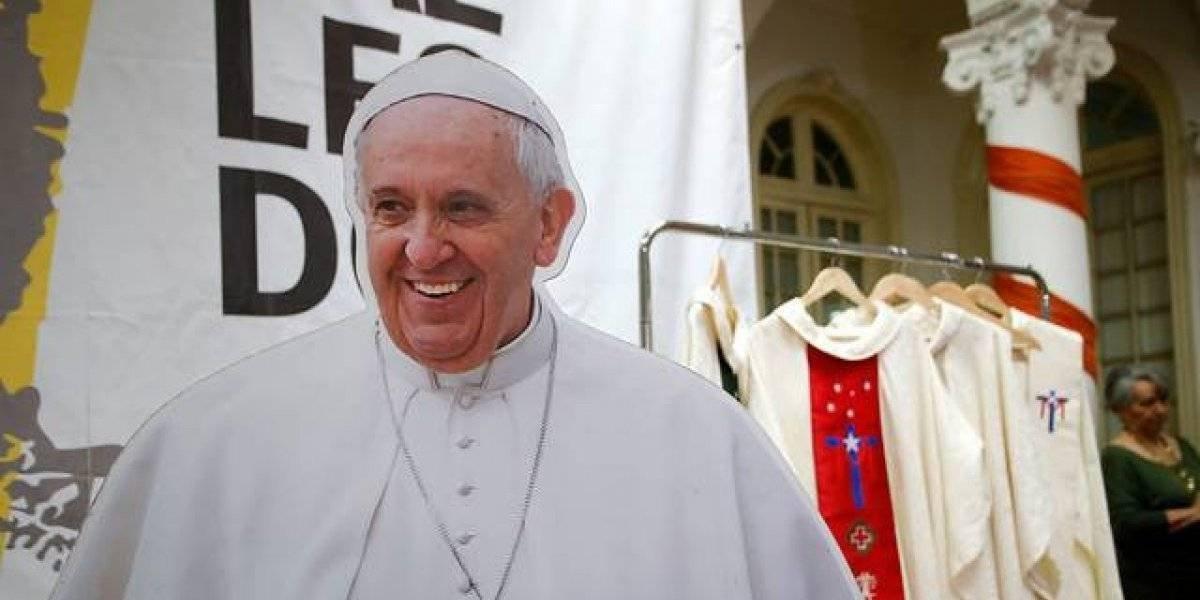 """Papa Francisco llega a Chile a las 19:55 horas con el mensaje """"Mi paz les doy"""""""