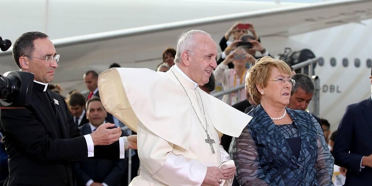 Papa Francisco chega ao Chile