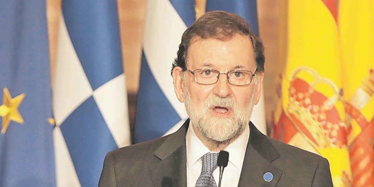 Cataluña: Rajoy advierte a Puigdemont