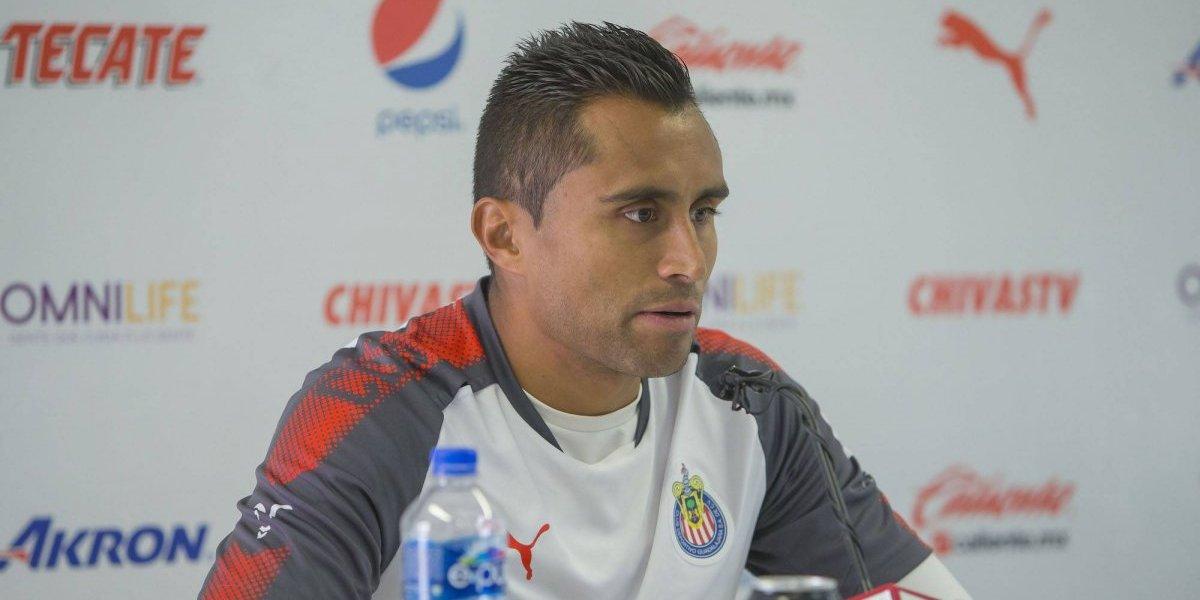 Chivas tiene un plantel corto, según Edwin Hernández