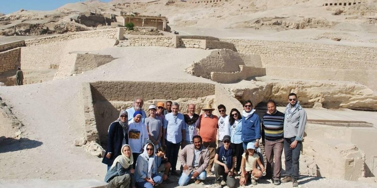 Os arqueólogos brasileiros que bancaram a própria viagem para escavar tumba inexplorada no Egito
