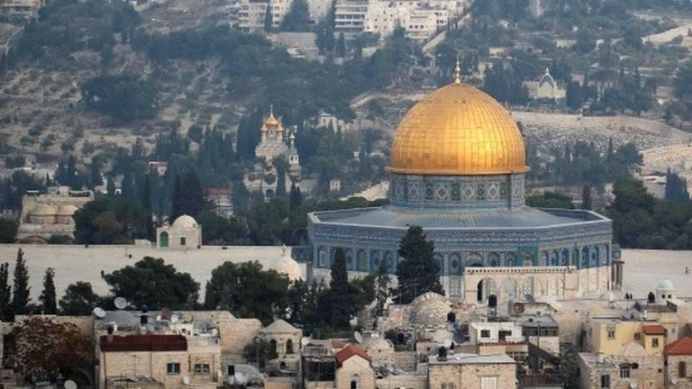 EU suspende entrega de recursos a la ONU para refugiados palestinos