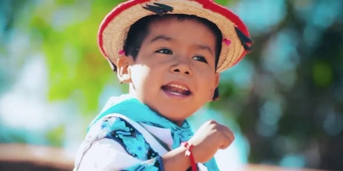 Niño del 'Movimiento Naranja' quiere ser como Vicente Fernández