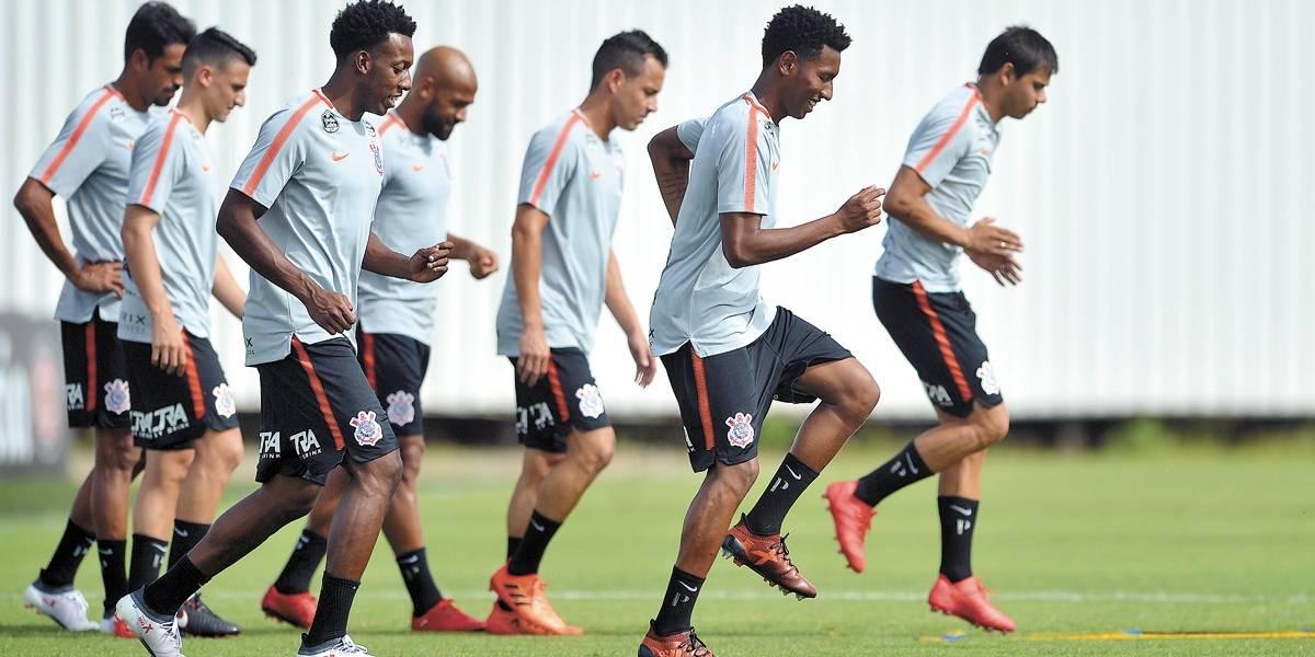 Corinthians perde para Ponte Preta no retorno ao Pacaembu