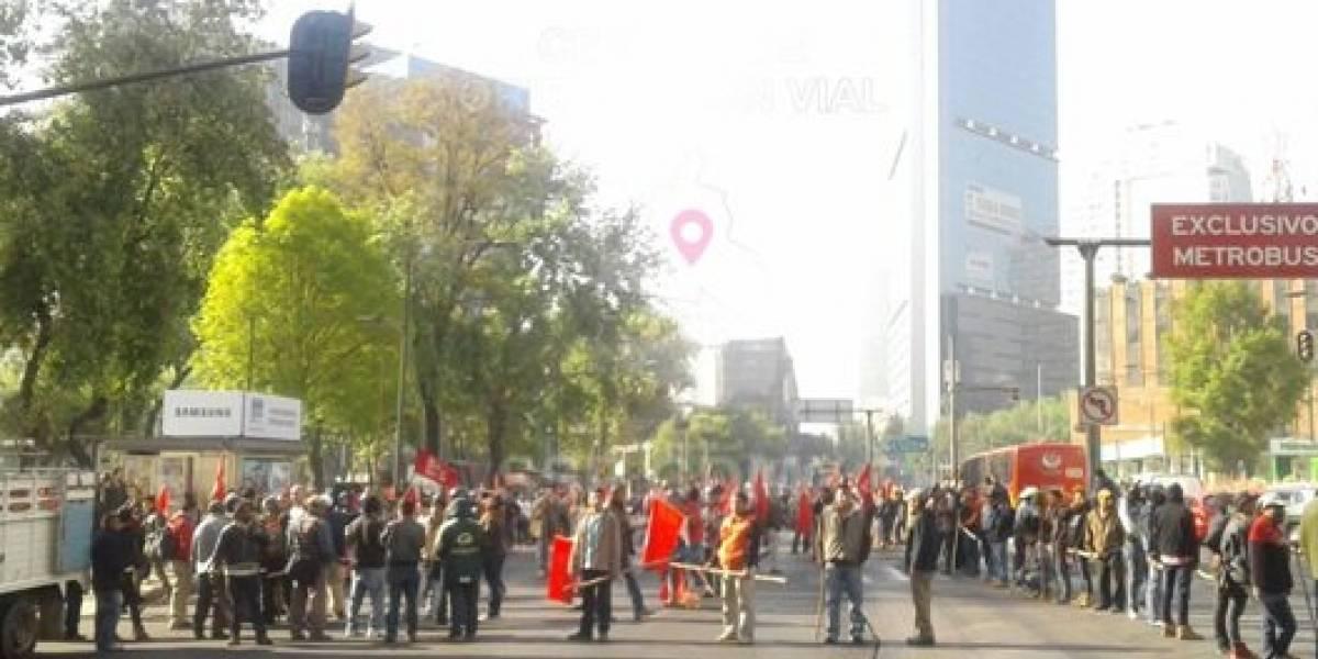 Manifestantes causan caos vial en el centro de la CDMX