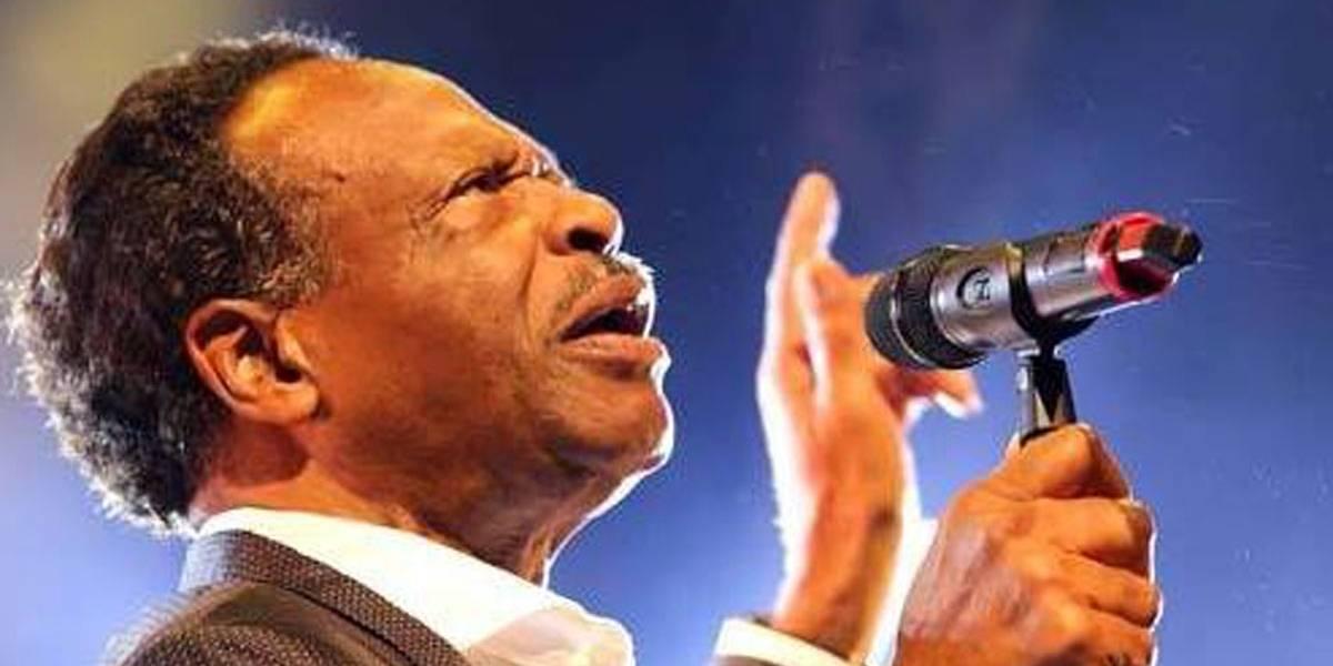 Morre Edwin Hawkins, cantor do hit gospel Oh Happy Day