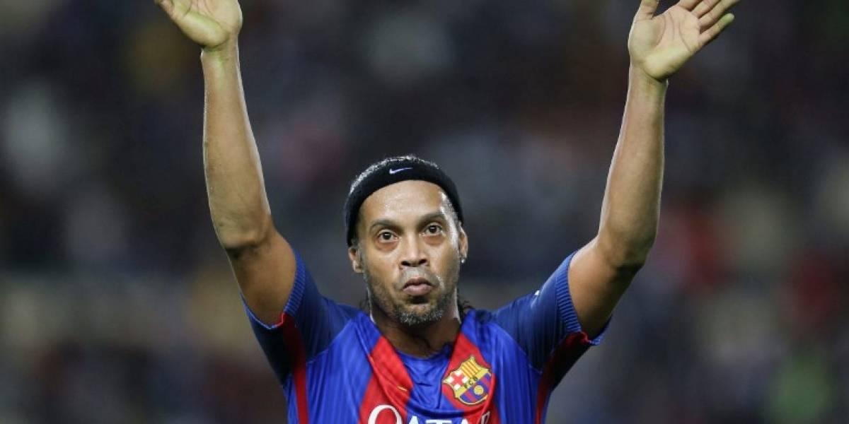 El astro brasileño Ronaldinho Gaúcho se retira del fútbol