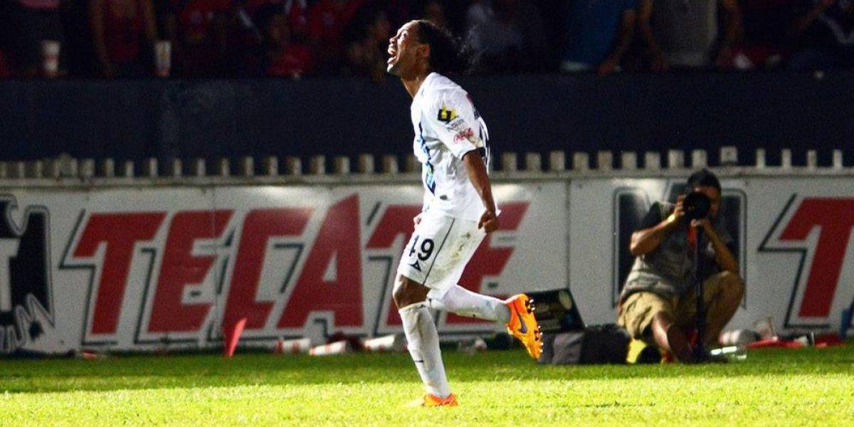 VIDEO: Los goles de Ronaldinho con el Querétaro
